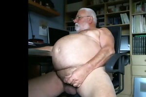 large abdomen old man jerks off for the camera