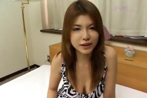 yukari kanou craves for dildo up her vag