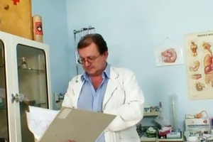 aged old pussy gyno speculum scrutiny with gyno