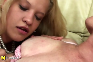 juvenile daughter takes a lesbian lesson from