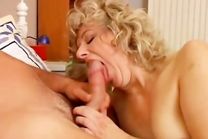 hot cougar loves to fuck a younger lad