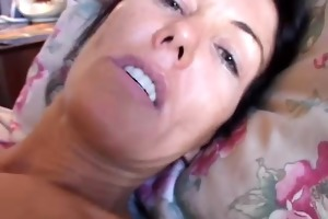 nancy vee kinky brunette d like to fuck