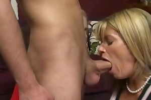 horny mommy wants his cum