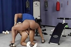 eager old mom gets hard drilled