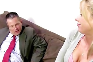 schoolgirl kaylee hilton shows her dad how she