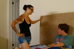 mommybb dana vespoli caughts her stepson jerking