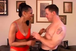 sexy older black hottie fucks younger white lad