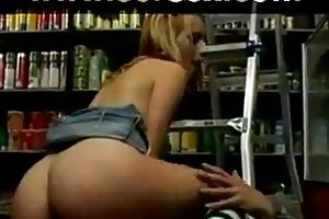 see real 18 year old angels working hard at