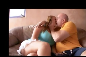 sierra sexes up sugar dad