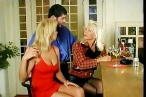 helen duval takes it up the ass and swaps cum.