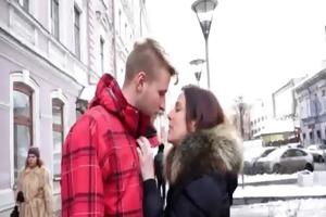 guy sold his girlfriend