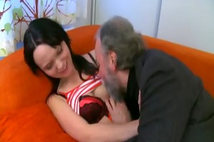 she is can having sex with old lad