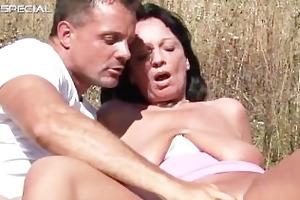 horny milf receives fucked hard outdoor part1