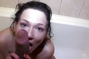 young libertines fuck right in a bathtub