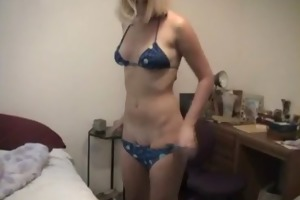 chick exposes nice body