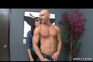 horny big-tit brunette airport cop floozy fucks