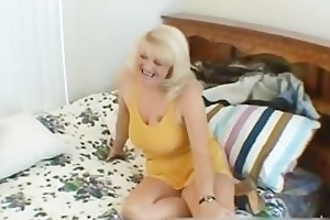 wicked mom shows her juggs and sucks dick part4