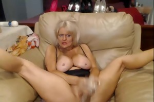 livecam - busty 47 year old bitch with large