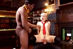 wasted whore gets brutally drilled