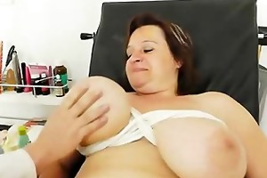fat d like to fuck brunette acquires a gyno