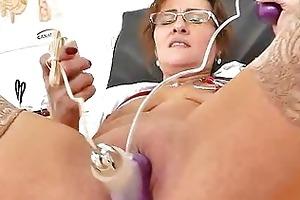 older non-professional mother clitoris pump games