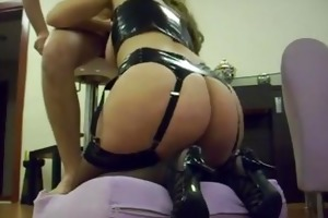 large ass cutie riding my cock makes me cum on