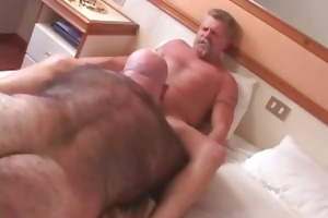 Older daddy fuck bear