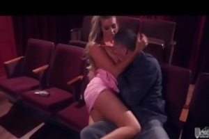 hot golden-haired samantha saint meets her old bf