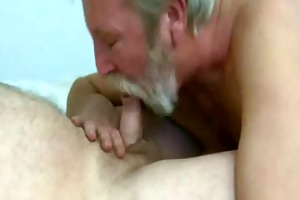 beard dad blow and eat cum