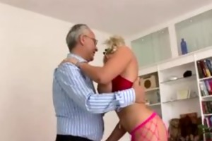 breasty blonde in stockings gets off