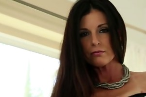 throated young mature milf india summers