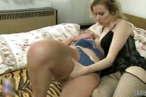 nasty old lady acquires her juicy cunt sucked
