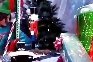 daphne rosen gets screwed by santas elves