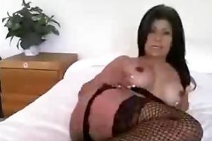 amateur breasty latin babe milf toying