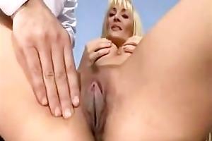 jennifer toth anal