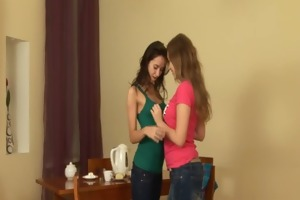 hot lesbian teens finger and toy cookies
