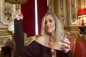 tipsy smokin milf giving some oral encouragement