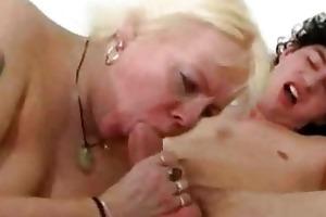 blond hairless granny fucks juvenile guy part1