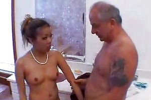 grandpapa blown by sexy asian girl in shower 3