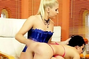 young dominant-bitch punishing her sexslave