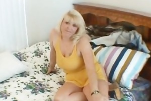 wicked mama shows her juggs and sucks cock part2